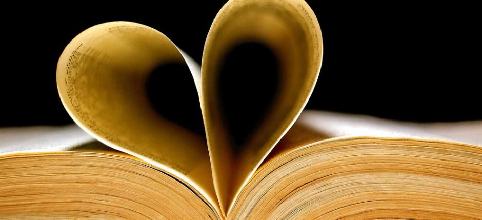 książki o włoszech, książki o włoszech, książki podróżnicze, polecane książki, książki przygodowe, książki które warto przeczytać, książka kucharska, dobra książka, pomysł na prezent, prezent na święta, ciekawe pomysły na prezent