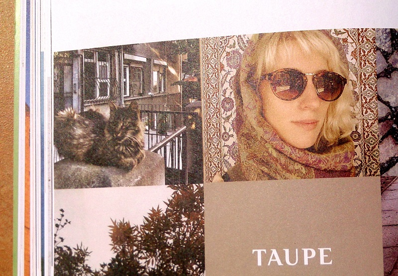 Taupe,
