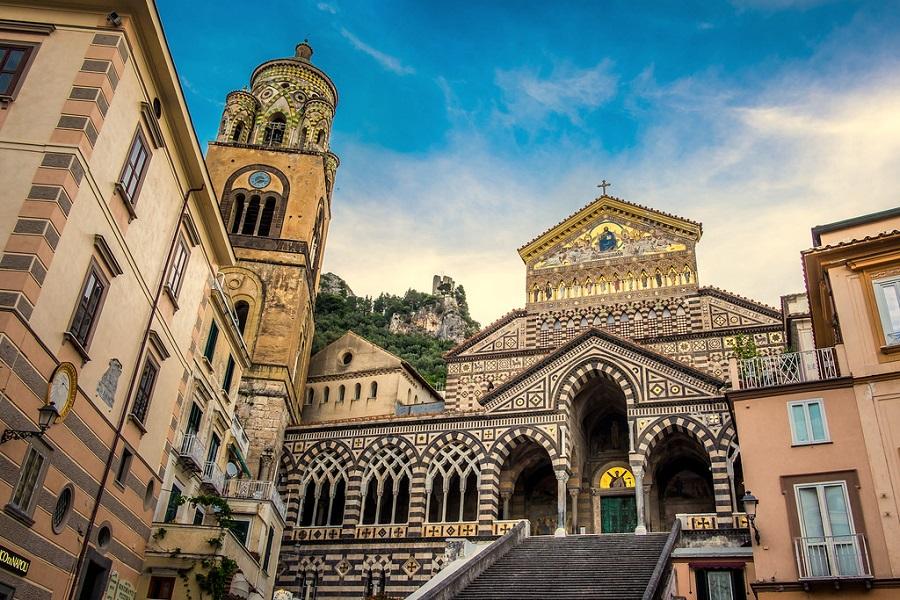 Wybrzeże Amalfi, jak tanio podróżować, jak tanio podróżować po Włoszech, jak tanio zwiedzić Włochy, Salerno, Sorrento, tanie podróżowanie, tanie podróżowanie Wybrzeże Amalfi, Wybrzeże Amalfi