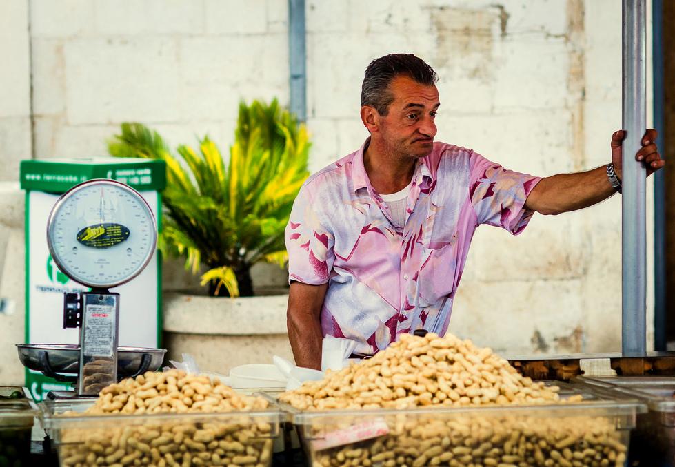 Bari co warto zwiedzić, Bari informacje praktyczne, bari noclegi, lotnisko w Bari, noclegi w Bari, przewodnik po Bari, Bari, Bari zwiedzanie, Bari lotnisko, Włochy ciekawe miejsca, przewodnik po Bari, Bari przewodnik, co warto zwiedzić w Apulii, Bari gdzie zjeść
