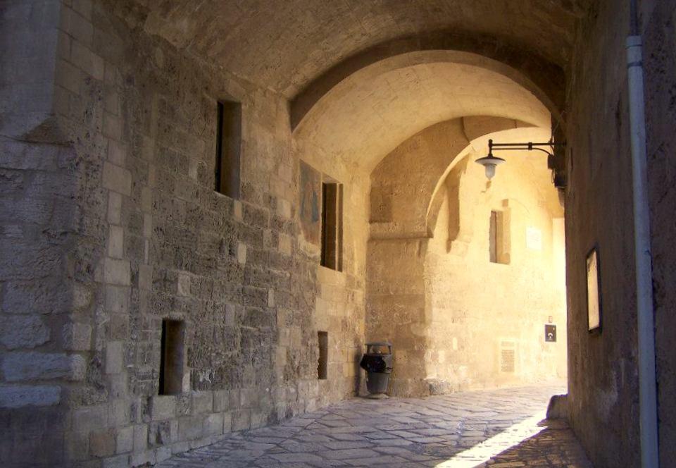 Matera, Matera noclegi, co zobaczyć Matera, noclegi Matera, Matera gdzie zjeść, Apulia, co zobaczyć w Apulii, Apulia noclegi, zwiedzanie Matery, Apulia co zwiedzić, Matera zwiedzanie