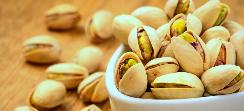 panna cotta, panna cotta przepis, pistacje, przepisy z pistacjami, kuchnia włoska, włoskie przepisy, włoskie desery
