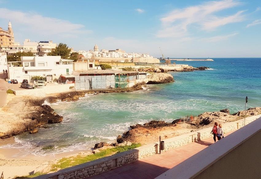 Primo Cappuccino, Monopoli, plaże w Apulii, plaże w Monopoli, Apulia plaże, plaże Monopoli, ścieżki rowerowe w Apulii