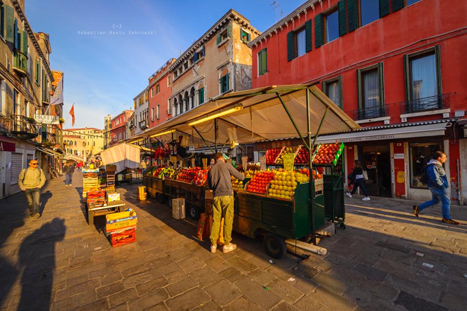 targowiska w Wenecji, gdzie robić zakupy w Wenecji, kiedy w Wenecji jest pusto, kiedy jechać do Wenecji, co zobaczyć w Wenecji