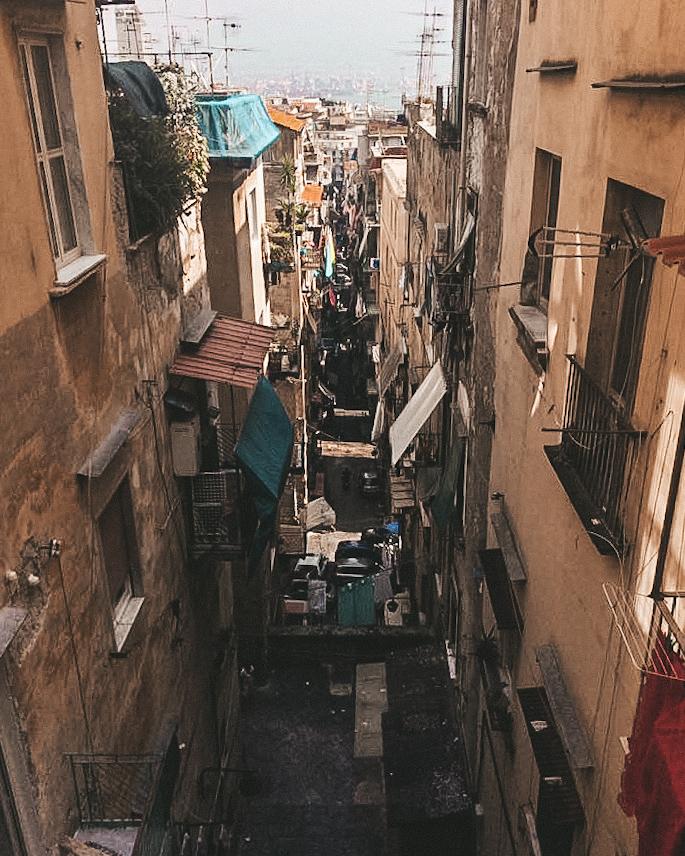 Corso Vittorio Emmanuele w Neapolu, uliczki Neapolu, Neapol, Neapol śladami genialnej przyjaciółki, Neapol śladami Ferrante