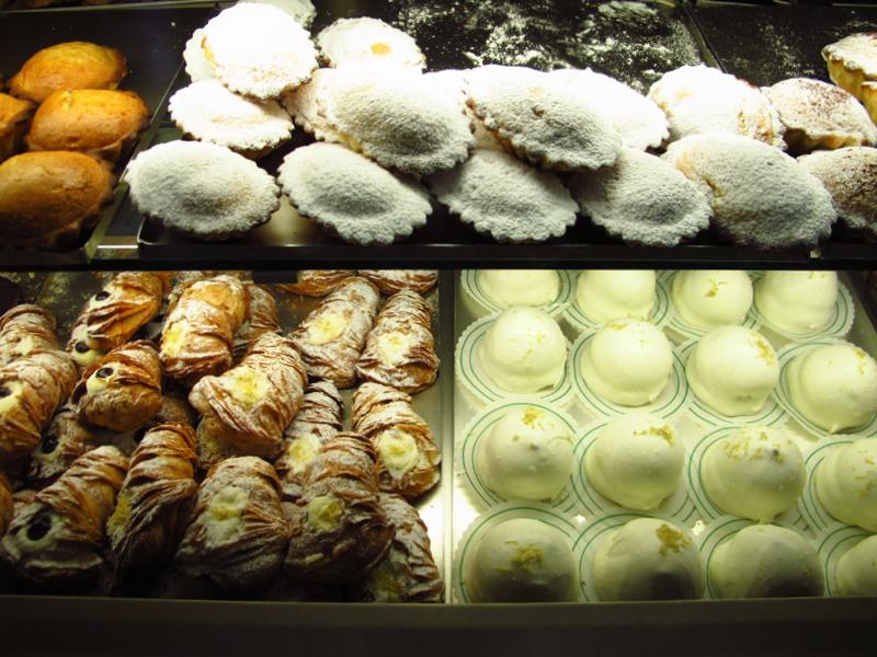 delizia al limone, jedzenie we Włoszech, słodkości we Włoszech