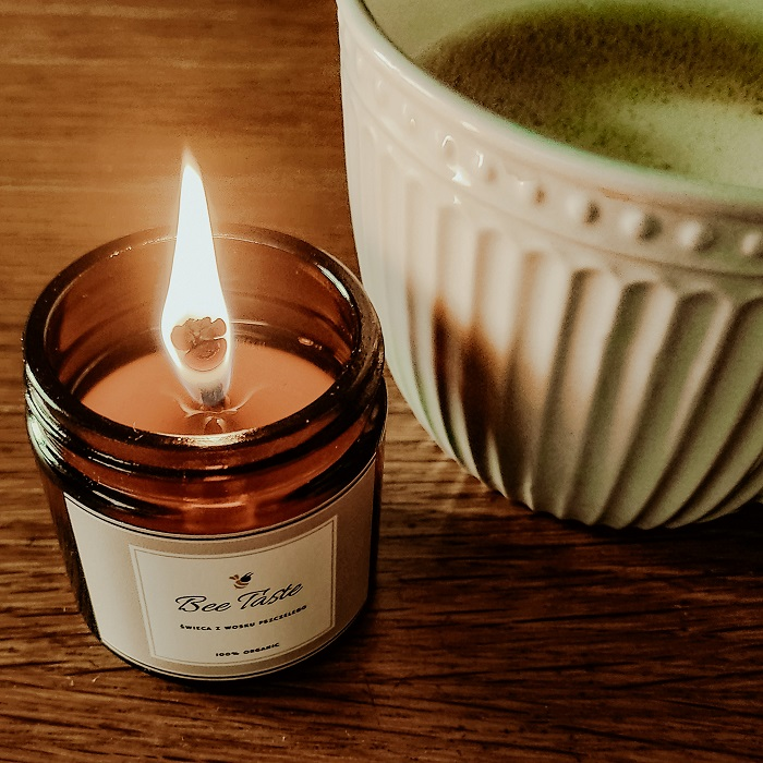 świece naturalne, świeca z wosku pszczelego, jak zrobić świecę woskową