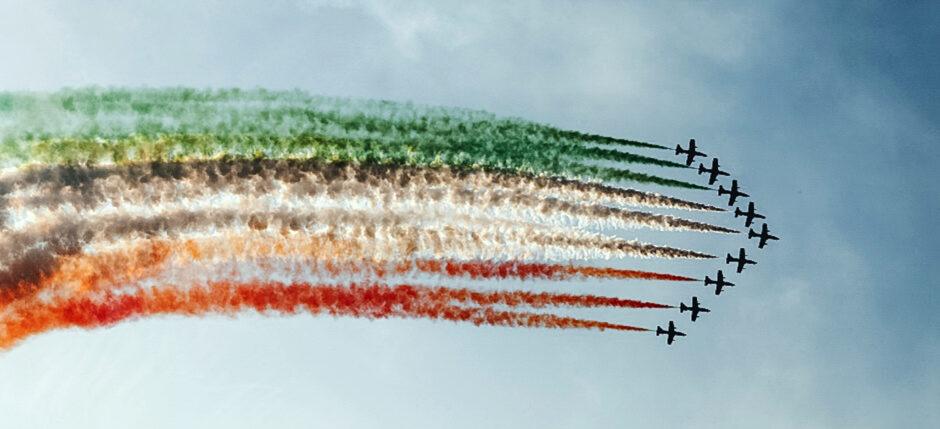 kiedy jechać do Włoch, koronawirus we Włoszech, aktualna sytuacja we Włoszech, gdzie jechać do Włoch, frecce tricolori,