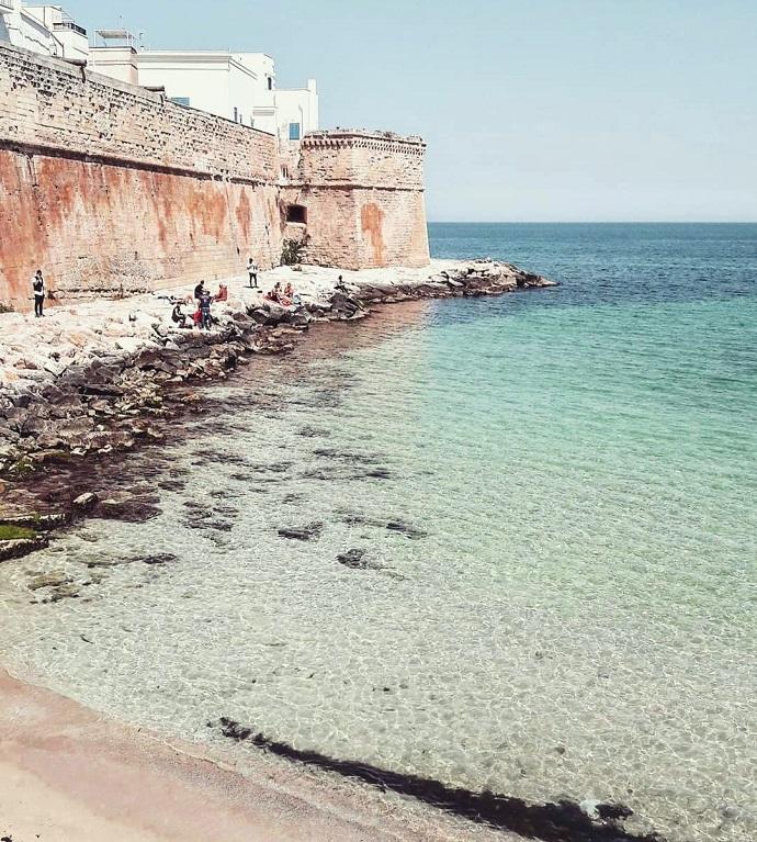 kiedy jechać do Włoch, koronawirus we Włoszech, Monopoli, Apulia, plaże Apulii, plaże wokół Bari